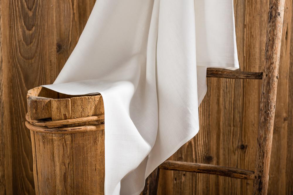 sch ne tischdecken wir stellen ihnen hier sch ne tischdecken vor von modern bis rustikal. Black Bedroom Furniture Sets. Home Design Ideas