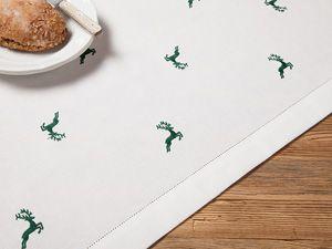 Tischdecke mit Hohlsaum